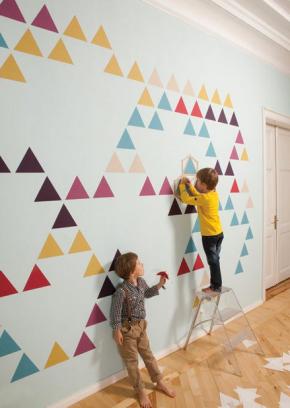 Contact+parede+triangulos+colorido